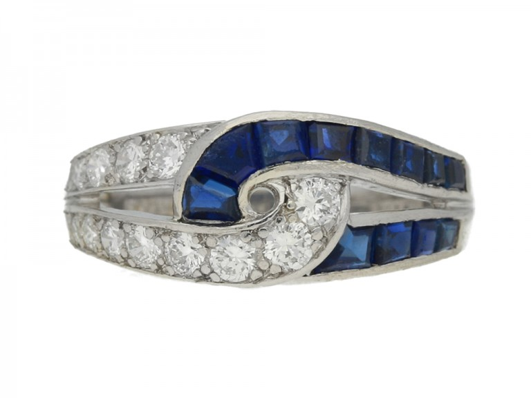 front view J. E. Caldwell sapphire and diamond ring, American, circa 1960s.