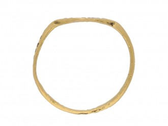 back view Byzantine gold stamped ring, circa 6th   10th century.
