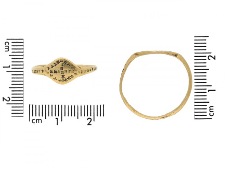 size view Byzantine gold stamped ring, circa 6th   10th century.