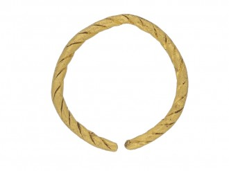 front view Viking gold penannular ring, circa 9th   11th century.