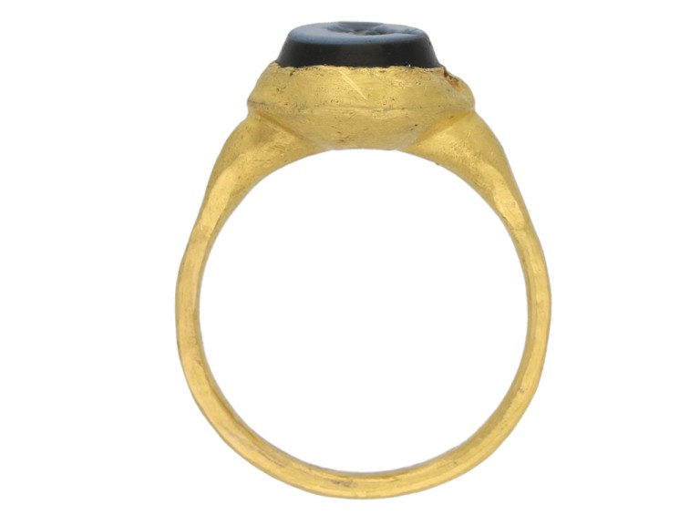 ancient Sasanian gold ring berganza hatton garden