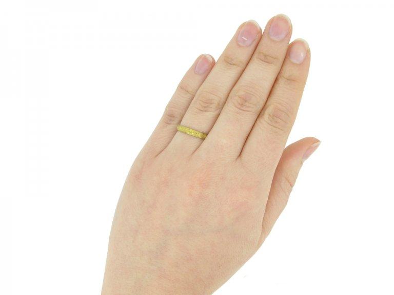 hand view gold posy ring berganza hatton garden
