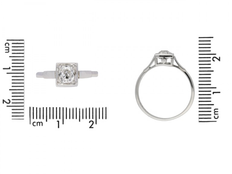 size view Art Deco diamond engagement ring, circa 1925.