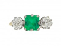 front view Antique Colombian emerald and diamond three stone ring, circa 1910.
