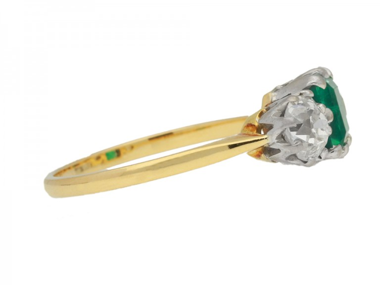 side view Antique Colombian emerald and diamond three stone ring, circa 1910.