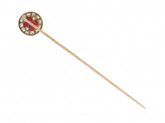 front view Vintage ruby and diamond pin, French, circa 1940.
