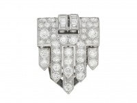 front view Art Deco diamond clip brooch, circa 1930.