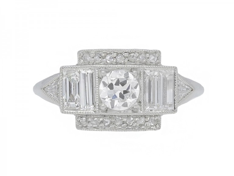 front view Art Deco diamond cluster ring, circa 1920.