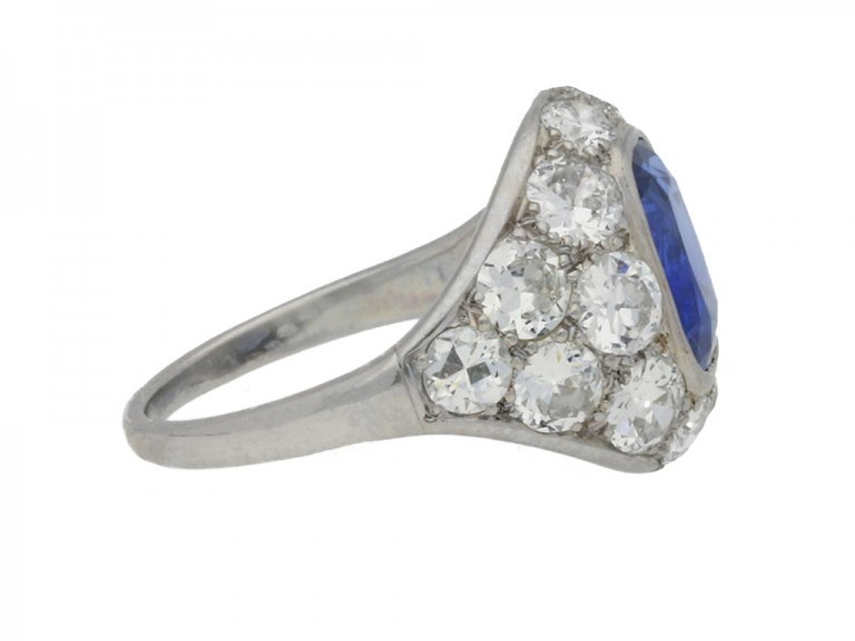 SIDE VIEW Sapphire and diamond cluster ring, French, circa 1930.