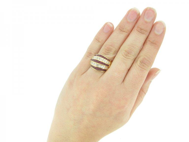 hand view Oscar Heyman Brothers ruby and diamond ring, circa 1940.