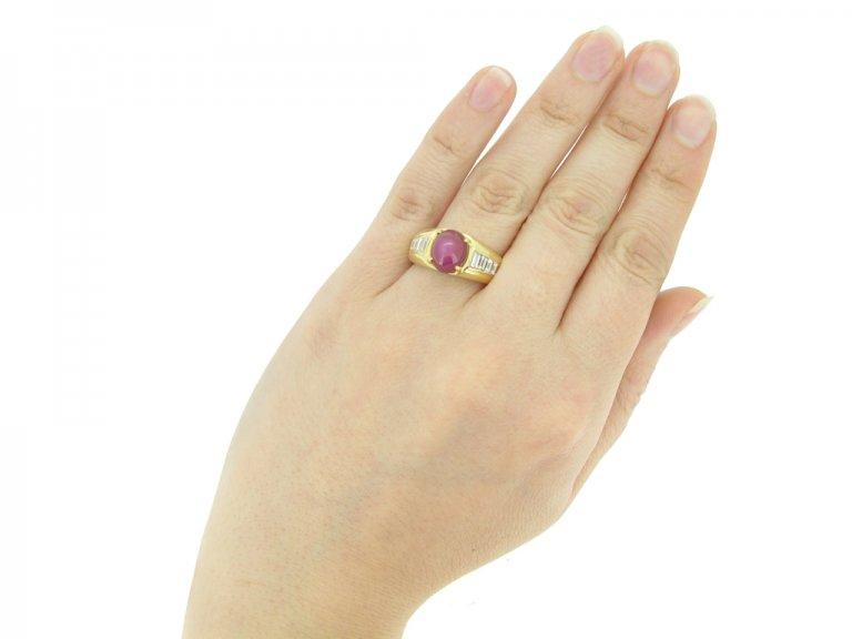 hand veiw Van Cleef & Arpels Burmese star ruby and diamond ring, circa 1960.