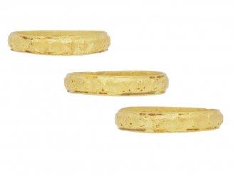 side view gold posy ring berganza hatton garden