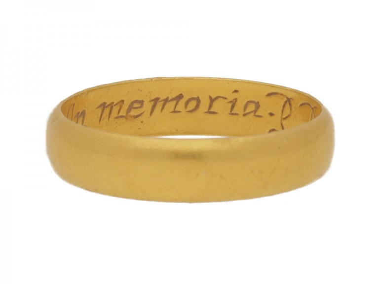 front view Gold memorial ring, circa 1670.
