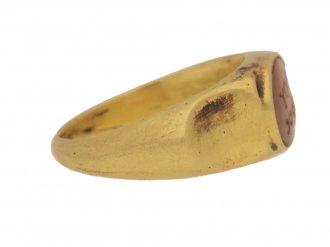 side view Ancient Roman jasper engraved 'RUFUS' ring, circa 3rd century AD.