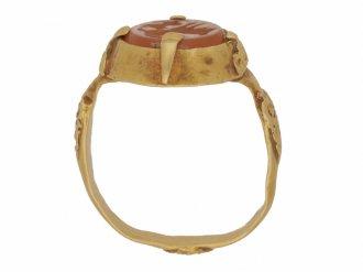 back view Sasanian cornelian intaglio ring, circa 224 651 AD.