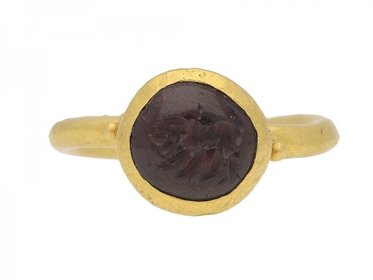 front view Ancient Roman gold intaglio ring berganza hatton garden
