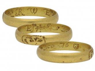 Post Medieval gold skull ring