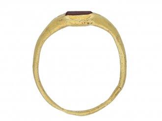 Medieval garnet gold ring berganza hatton garden
