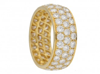 front view Van Cleef & Arpels diamond ring berganza hatton garden