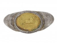front view  Ancient Roman charioteer silver ring, circa 3rd century AD. berganza hatton garden