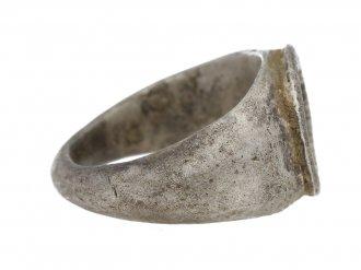 Ancient Roman charioteer silver ring, circa 3rd century AD. berganza hatton garden