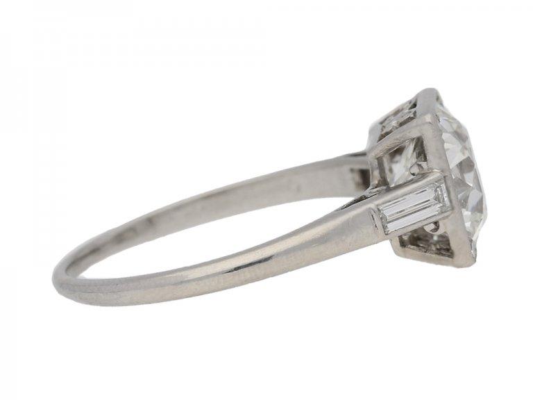 side view Art Deco diamond ring, circa 1930. berganza hatton garden