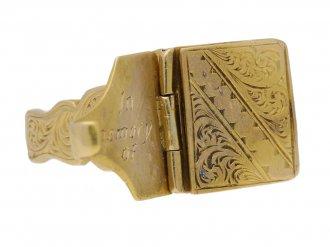 Gold locket ring, English, circa 1917. berganza hatton garden