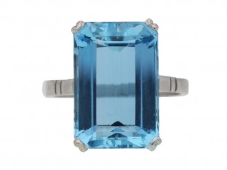 front view Art Deco solitaire aquamarine ring, circa 1935. berganza hatton garden