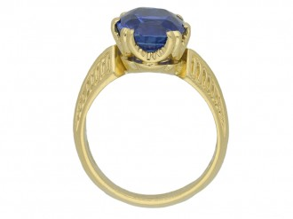 front Antique Ceylon sapphire gold ring hatton garden berganza