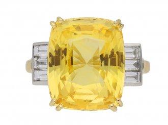 front view Yellow sapphire and diamond ring, circa 1950. hatton garden berganza