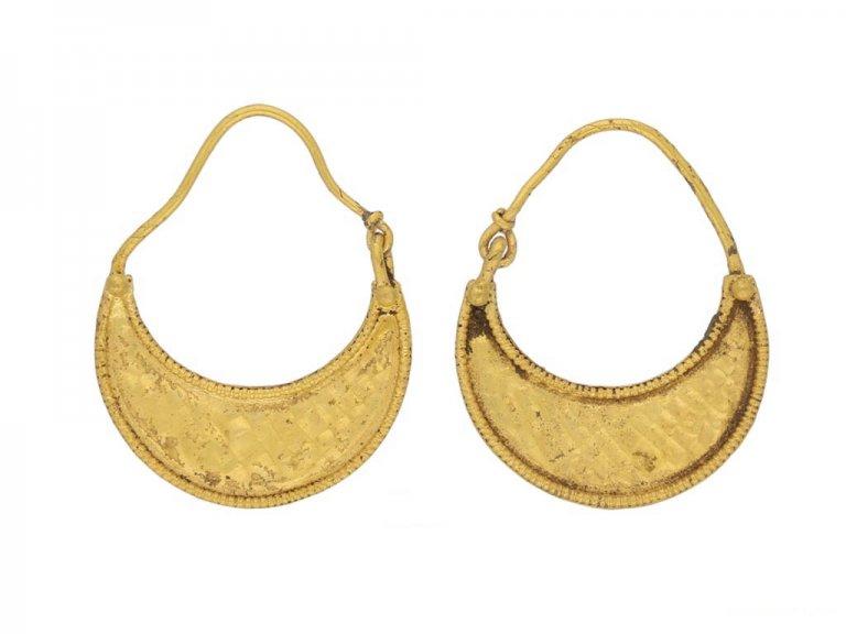 Ancient Greek Thracian earrings, circa 3rd century BC. berganza hatton garden