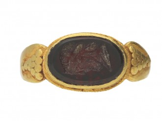 Ancient Roman Jupiter intaglio signet ring, circa 1st 3rd century AD. berganza hatton garden