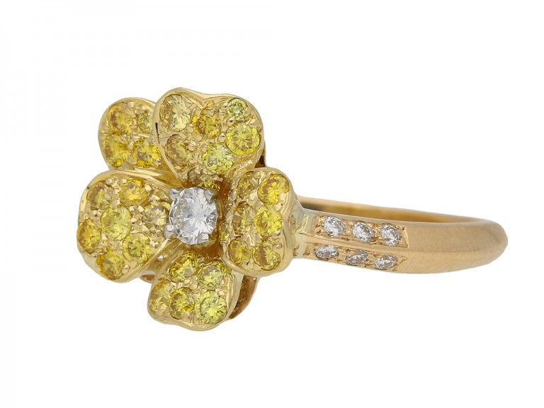 yellow diamond flower ring Oscar Heyman berganza hatton garden