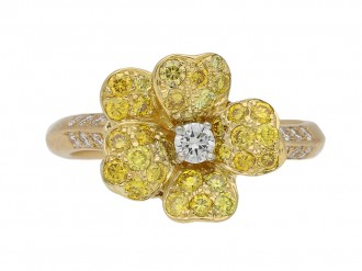 Fancy diamond flower ring Oscar Heyman berganza hatton garden
