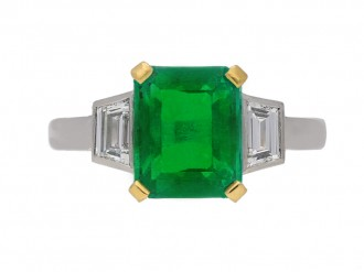 front view art deco diamond emerald ring berganza hatton garden