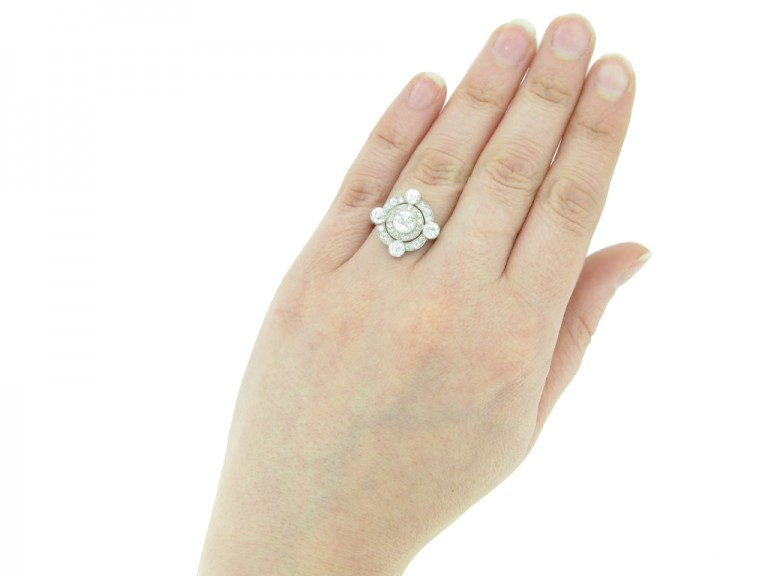 hand view antique diamond cluster ring hatton garden berganza