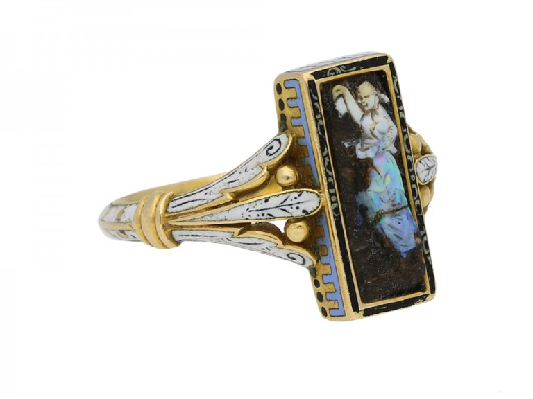 side view Carved opal ring Wilhelm Schmidt Guiliano berganza hatton garden