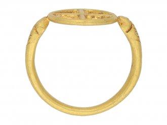 Byzantine gold ring  with cross berganza hatton garden