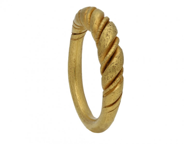 Viking gold twisted wirework ring berganza hatton garden