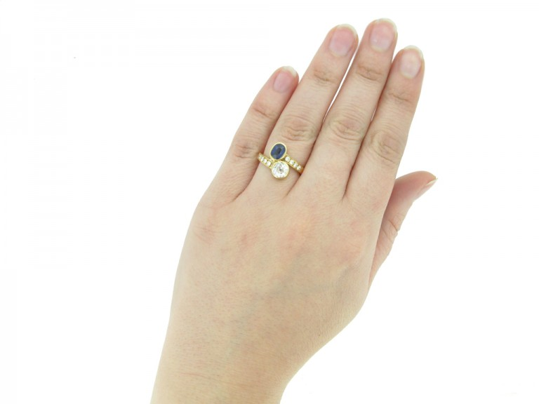 hand view Vintage diamond sapphire ring berganza hatton garden