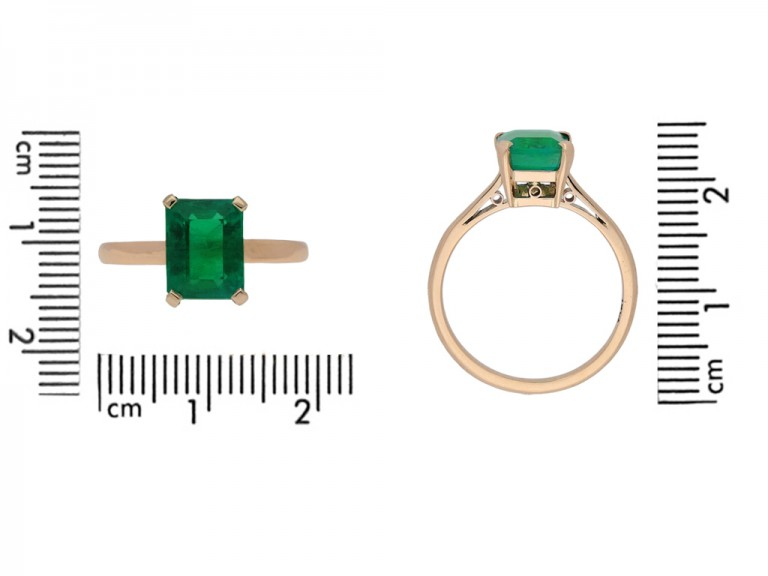 size view vintage Colombian emerald ring berganza hatton garden