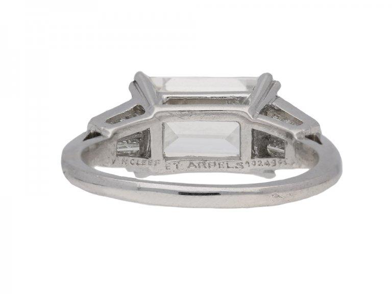 front view Vintage Van Cleef & Arpels diamond ring berganza hatton garden