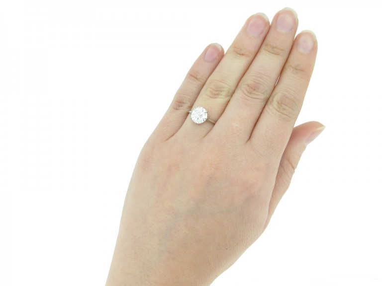 front view Art Deco diamond solitaire ring berganza hatton garden