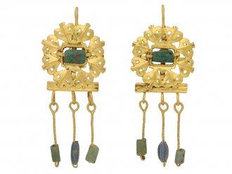 front view ancient roman emerald gold earrings berganza hatton garden
