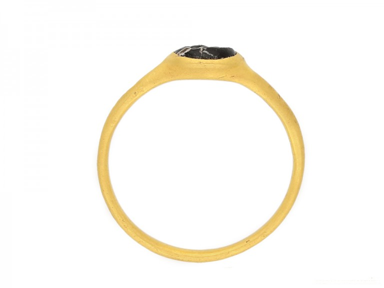 front view Ancient Roman gold ring berganza hatton garden