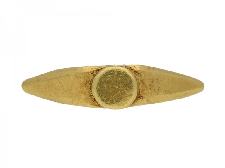front view ancient roman seal ring berganza hatton garden