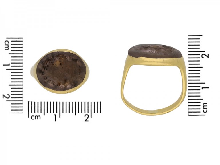 Renaissance gold signet ring berganza hatton garden