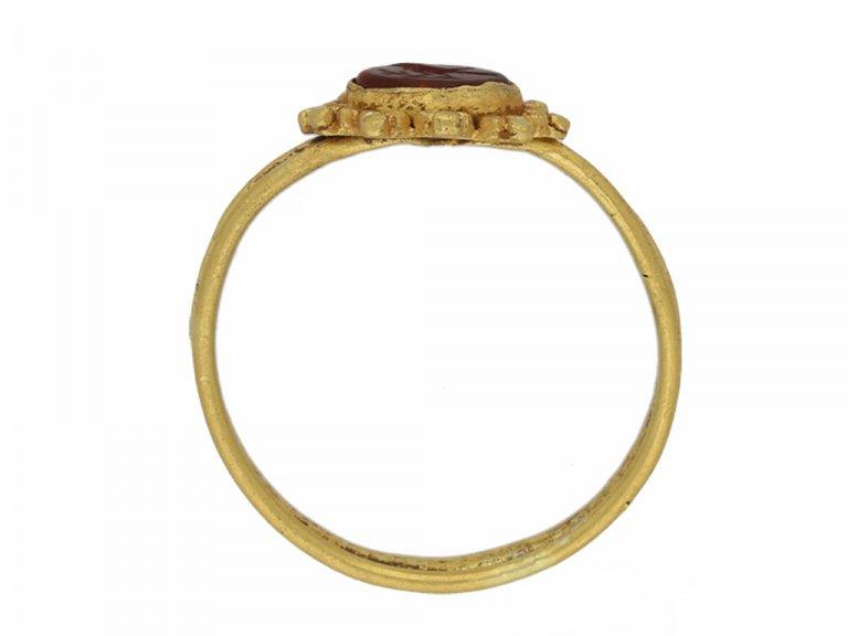 Ancient Roman ring bird intaglio berganza hatton garden