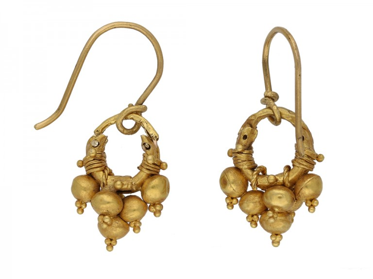 ancient gold earrings berganza hatton garden