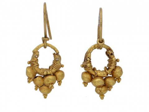 front ancient gold earrings berganza hatton garden